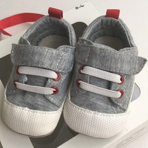 SEE KAI RUN Gray Jersey Baby Boy Shoes, Small 0-6
